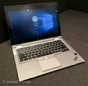 ThinkPad Yoga 260 in silver