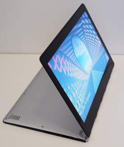 YOGA 900 in stand mode