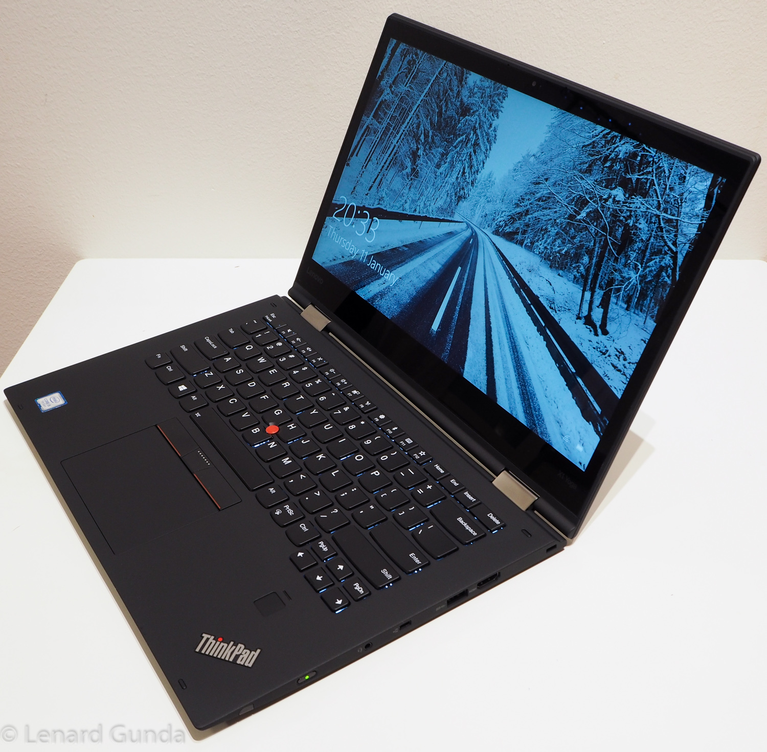 ThinkPad X1 Yoga (2nd gen) review - LenardGunda com