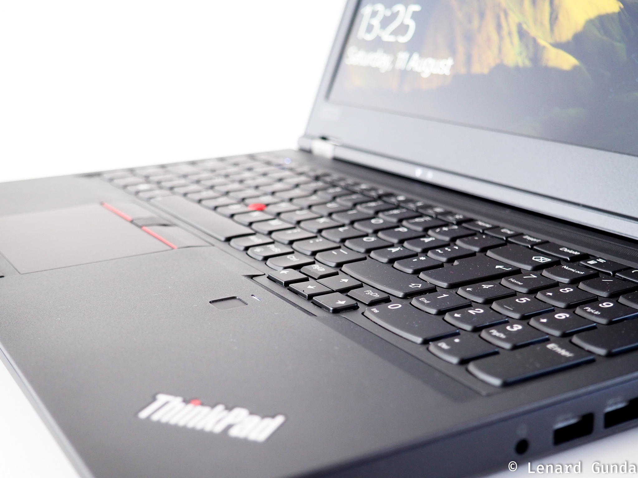 ThinkPad P52 hands on review - LenardGunda com